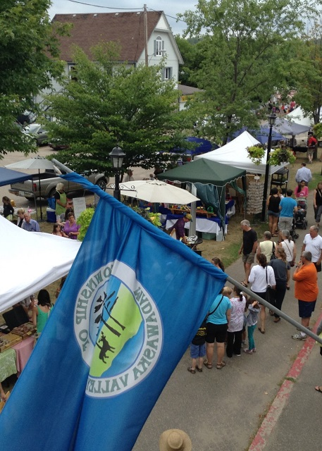 MV committees discuss artists' payments and Artisans Festival