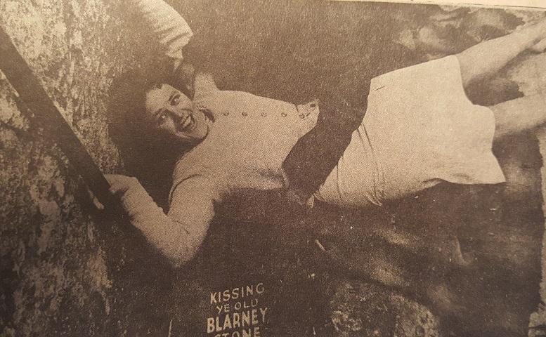 teresa-conway-kissing-blarney-stone