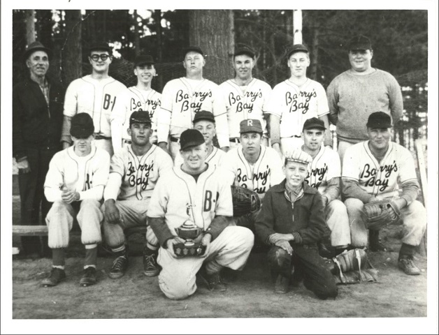 Heritage Photo: Barry's Bay baseball team