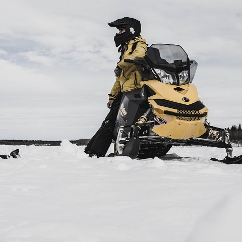 Yakabuski announces snowmobile safety training to be available online