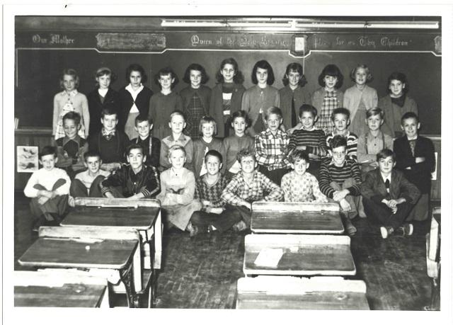 Heritage Photo: Grade 5 St. Joseph's Elementary School