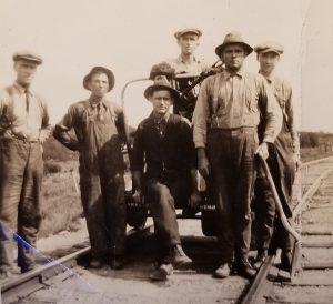 cnr-madawaska-section-crew-1930s