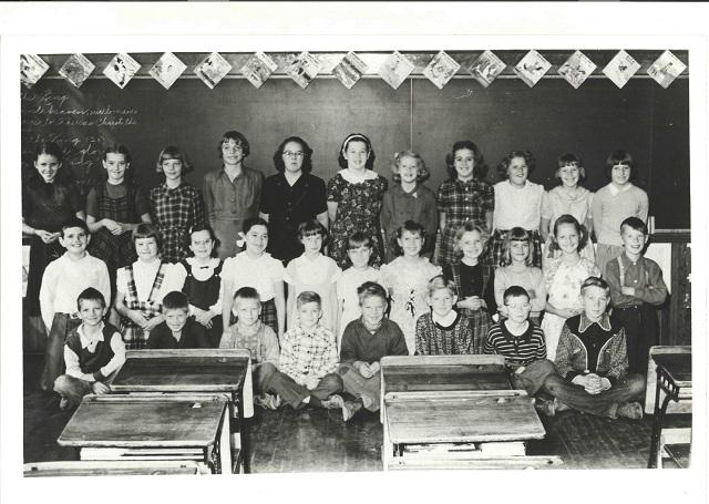 Heritage Photo: St. Joseph's Elementary School Grades 4 and 5 1952-53