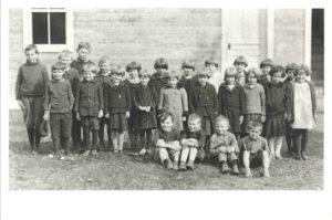 biscuit-box-school-1924