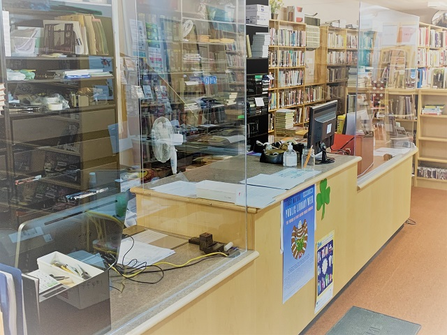 MV Library reopens July 29