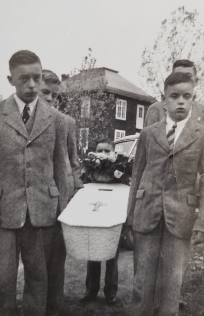 anthony-etmanskie-funeral-1947