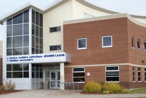 COVID-19 cases in Pembroke French school and Miramichi Lodge