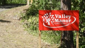 valley-manor-sign